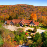 Oak Ridge Lodge Wedding Venue - Near Thistledown Ligonier - Latrobe PA Hotel